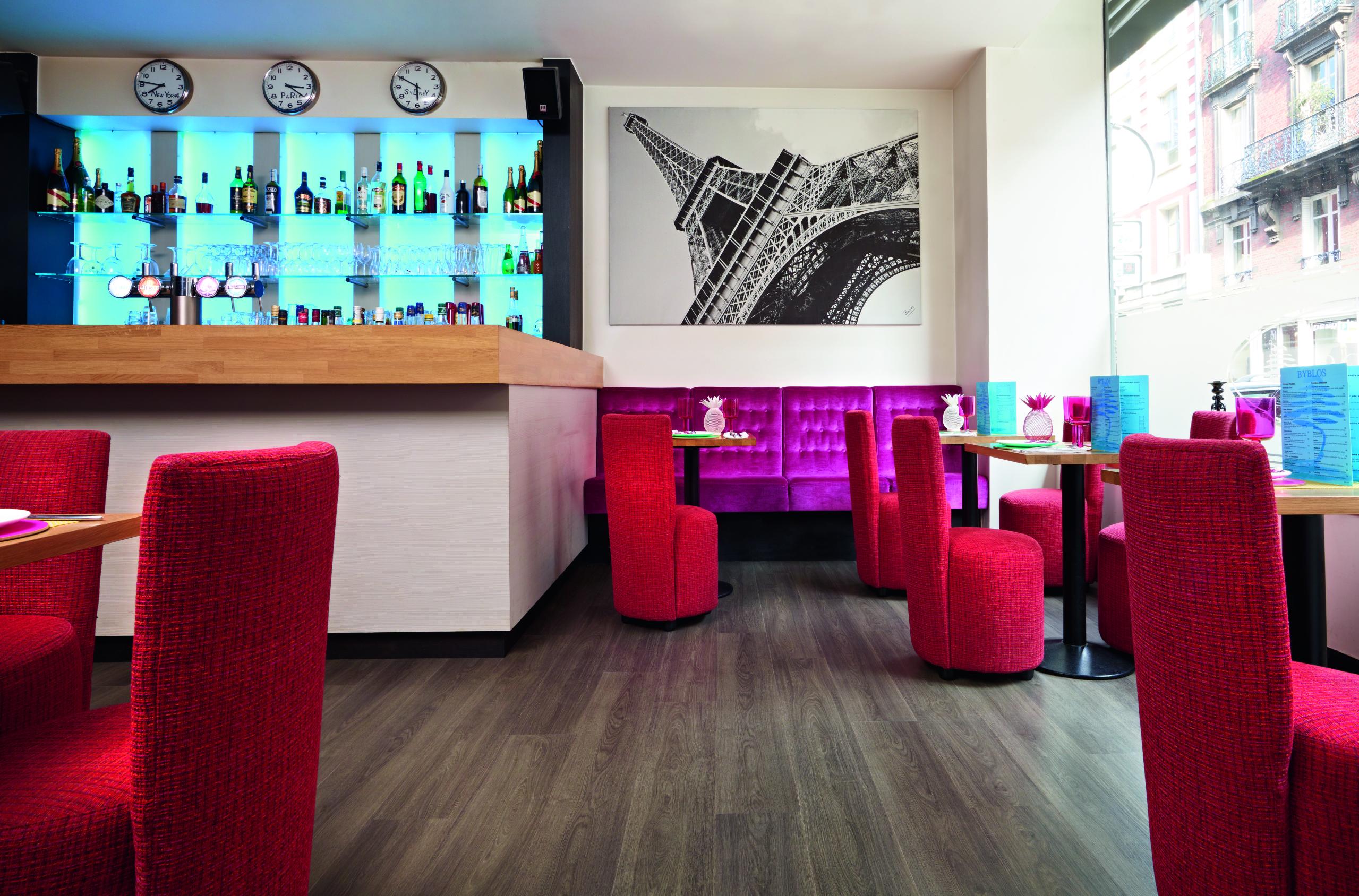 Moduleo Transform Verdon Oak 24870 Restaurant